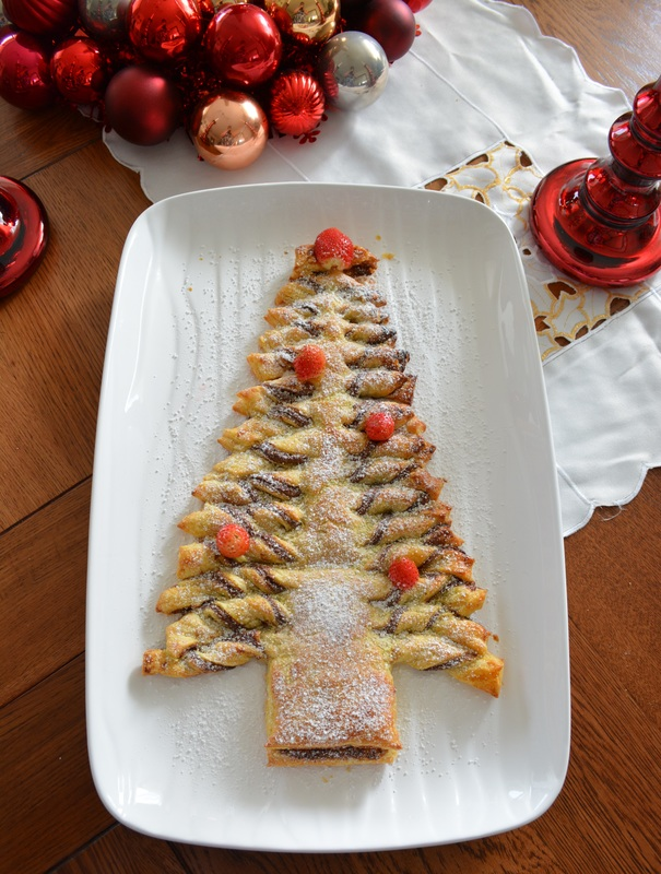 Nutella Christmas Tree - What's Cooking Ella