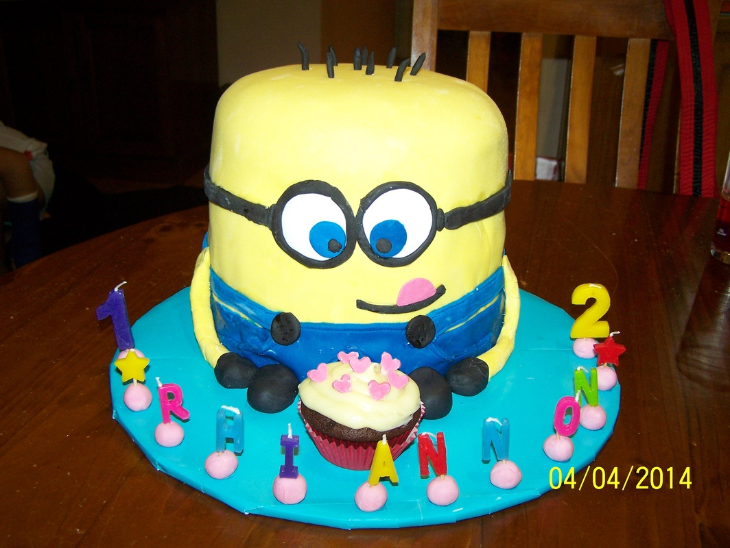 Minion cake whats cooking ella minion cake baditri Image collections
